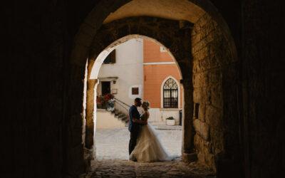 Idilično vjenčanje u drevnom istarskom gradiću