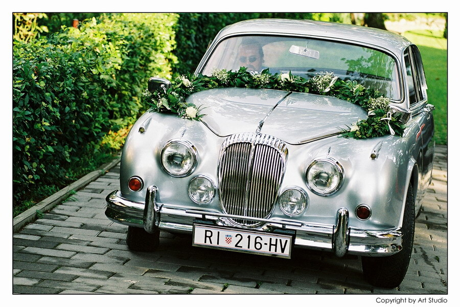 automobili za vjenčanja
